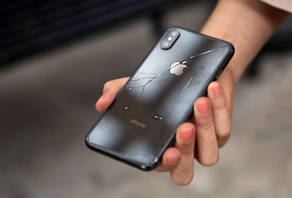 sports shoes 92471 436ef This is how much it will cost to repair an iPhone X in Malta Today ...