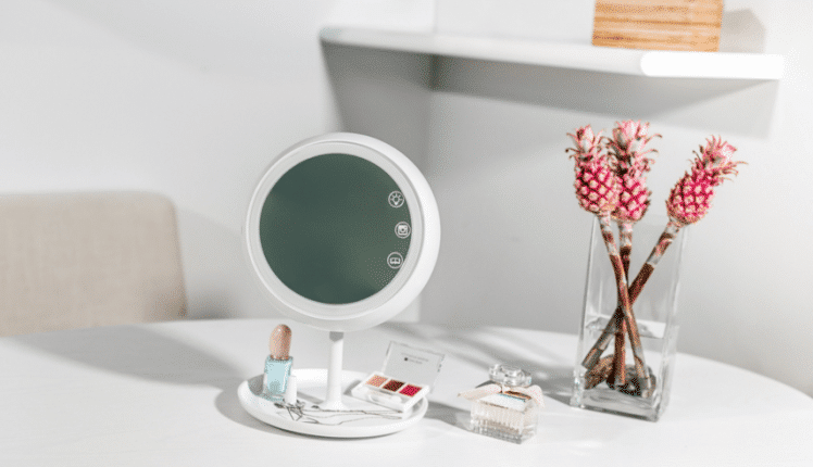 juno smart mirror Tech gifts for mother this mothers day gadgets malta