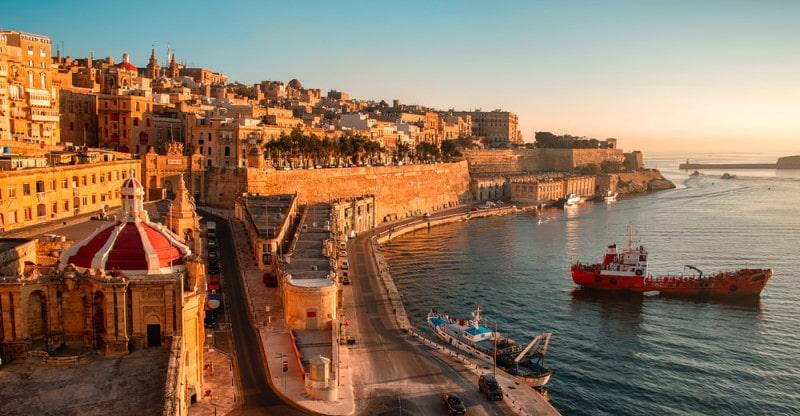 image of malta seaside